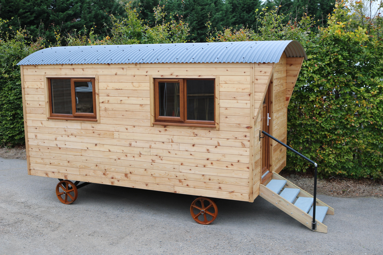 Large Shepherd Hut With Cedar Cladding Quadrabuild